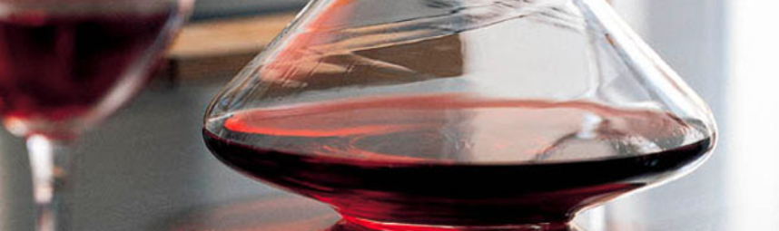 Decanting and Choosing the Right Wine Glass